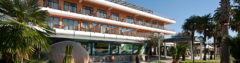 slide-sezione-hotel-1370x360_3